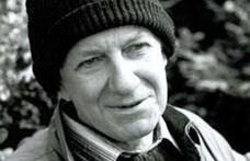 Megindító bejegyzésben búcsúzik Tandori Dezsőtől a törzshelye