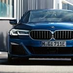 100 kilométer elektromosan, a többi benzinnel: ezt tudja a BMW új hibridje