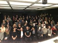 Szolidaritási szelfiket készített a Katona József Színház a nézőivel