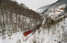 Leesett a hó, több vonatot nem indított el a MÁV