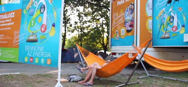 Videó: De mivel tömték egész nyáron a Paks II. kamionban a fiatalok fejét?