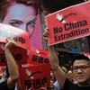 Bocsánatot kért a hongkongi kormányzó a tüntetőktől