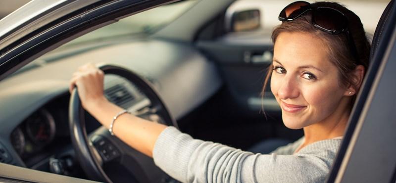 Autó  Milyen sofőrök a nők  Ők úgy gondolják  nem rosszak - HVG.hu cb3cc8ec47