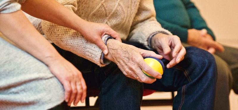 Ki kaphat idén nyugdíj helyett korhatár előtti ellátást?