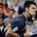 Federer a harmadik körben, szurkolói balhé Gyokovics meccsén