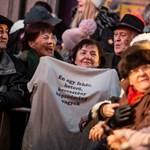 Az áldozati szerep vigaszt nyújt, és erkölcsi tisztaságot kölcsönöz a Fidesznek