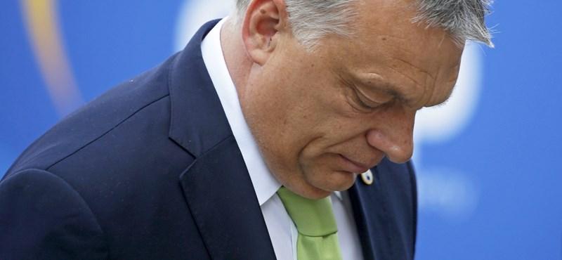 Jószívű netezők rárakták a kihagyott Orbánt a Néppárt csoportképére