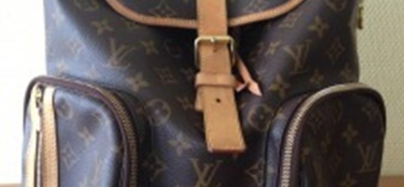 Rogán 80 ezerért árulja a neten Louis Vuitton táskáját