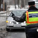 19-re húzott lapot a veszprémi autós, de nem jött be a számítása