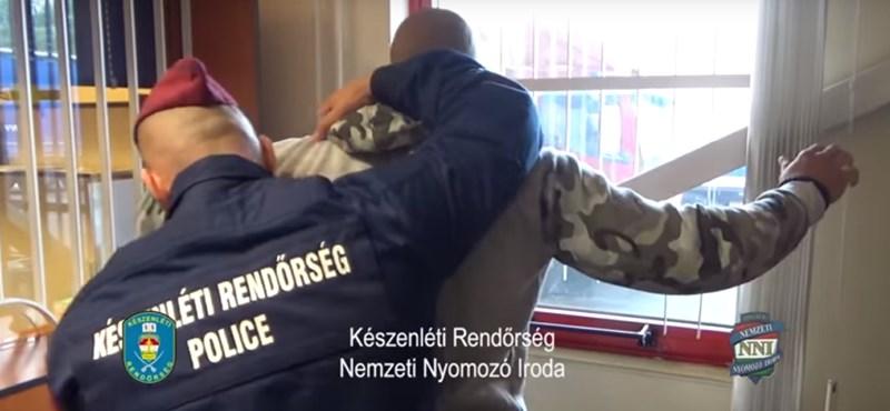 Zsályának álcázva hoztak az országba több tonna kábítószert