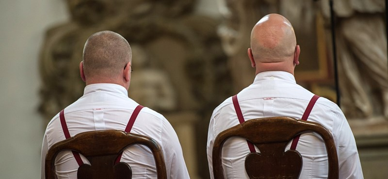 Csehország még egyet lépett a melegházasság bevezetése felé