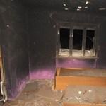 Felgyújtotta ruháit, kiégett az anyja háza – fotó
