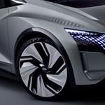 Gombnyomásra eltűnik a legújabb Audi kormánya