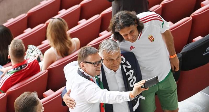 Orbán épp most áldozta fel kedvenc szórakozását a kultúrharc oltárán