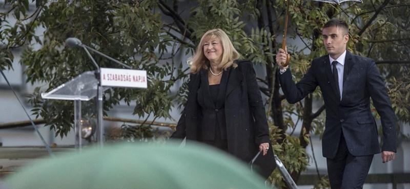 Schmidt Mária tiltakozik Szabó István életműdíja ellen