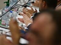 """A kerületi képviselők fizetésemelése smafu eddigi """"mellékeseikhez"""" képest"""