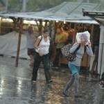 A BKV több járatát is elmosta az eső