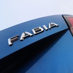 Kémfotók: már alig álcázzák a teljesen új Skoda Fabiát