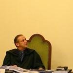 Huszonhatszor csapott le Safarov, majd még ölni akart