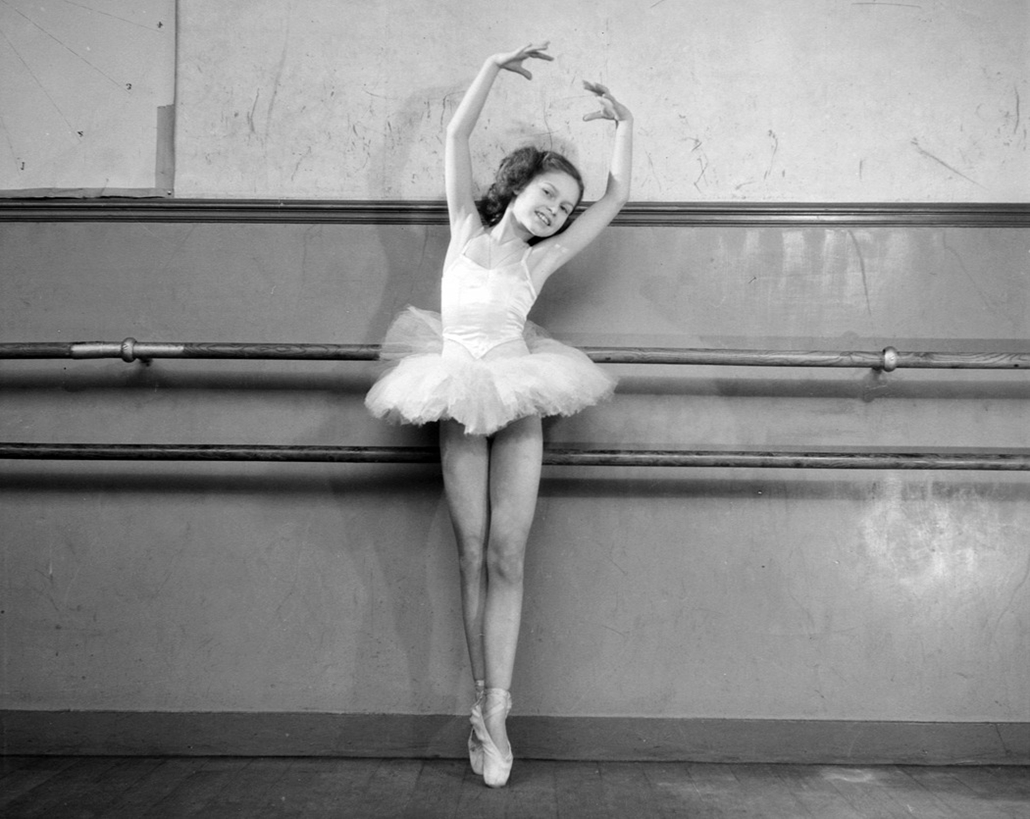 afp.1946. - Franciaország: ''Mrs. Bourgat balettiskolája'' - nagyítás, Brigitte Bardot