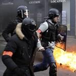 Ezrek tüntettek a rendőri erőszak ellen francia nagyvárosokban