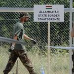 Tizennégy határsértő próbálkozott egy bolgár kamionban