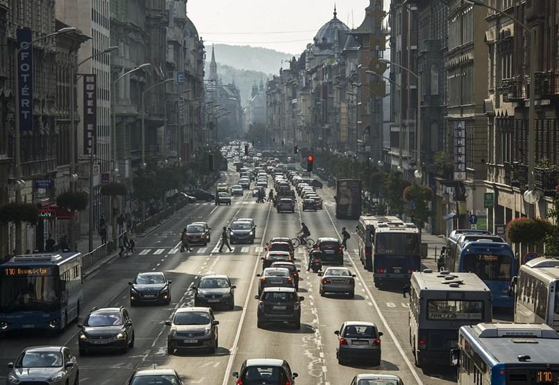 Margaret Boulevard renacerá, y podría ser una calle peatonal de Népszínház utca.  Pero, ¿qué pasa con Rákóczi út?