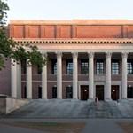 Itt a 2017-es felsőoktatási rangsor: miért ilyen eredményeket szereznek a magyar egyetemek?