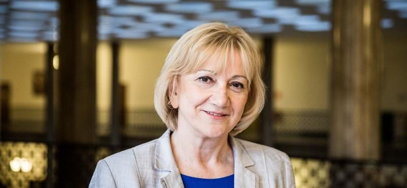 Lemondott Schmuck Erzsébet, az LMP frakcióvezetője