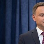 Félre az illúziókkal: csak saját hatalmát erősítené a lengyel elnök