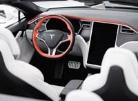 Megnyitott a magyar Tesla-bolt