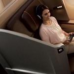 Luxuspizsama is jár a luxusutasnak a luxusgépeken