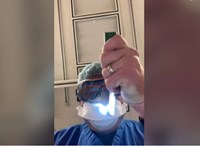 Videóban mutatja meg egy orvos, mit látnak a haldokló koronavírusos betegek utolsó perceikben