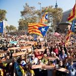 Kikiáltotta a függetlenséget a katalán parlament