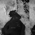 Fotó: A világűrből is látszik a dugó, amit a beszorult teherhajó okozott a Szuezi-csatornánál