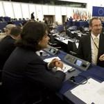 A Fidesz szerint uniós főszabályt kellett volna sértenie a magyar biztosnak