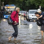 Hőségre és felhőszakadásra figyelmeztetnek a meteorológusok