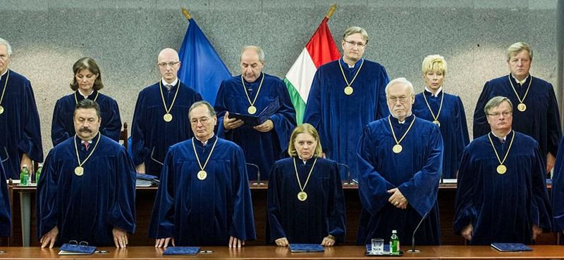 A jóhiszemű és a simlis cégvezetőkön is segít az Alkotmánybíróság döntése