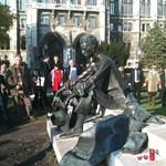 Visszaszólt a kormánynak az államtitkár: el a kezekkel a József Attila-szobortól