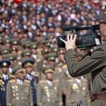 Óriási felvonulással ünnepelte magát Észak-Korea, íme a fotók
