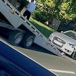 Tényleg összetörték a rendőrök a traffipaxos civil rendőrautót? Különös képek terjednek a Facebookon