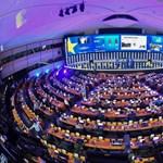 Itt az új EP-mandátumbecslés: van oka félni a Néppártnak?
