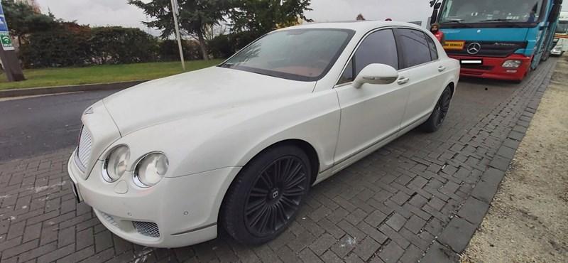 Dániából jöttek idáig a Bentley-vel, nem kellett volna