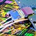 Áttörés az Intel-nél: a fénysugarak felválthatják az elektronikus jeleket