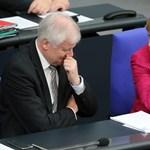 A koalíció felbontásával fenyeget a német belügyminiszter