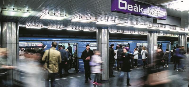 Leállt a metró: van olyan érettségiző, akit robogóval vitt be az iskolába a tanára