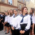 MSZP: a hetvenes éveket hozza vissza Hoffmann Rózsa az iskolákba