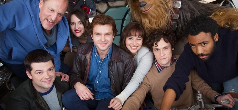 Balhé a Han Solo-film körül: leléptek a rendezők, jöhet Ron Howard