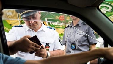 Nem kell karanténba vonulnia annak, aki a romániai választásokról jön vissza Magyarországra