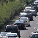 Két balesetben hét autó rohant egymásba az M1-esen